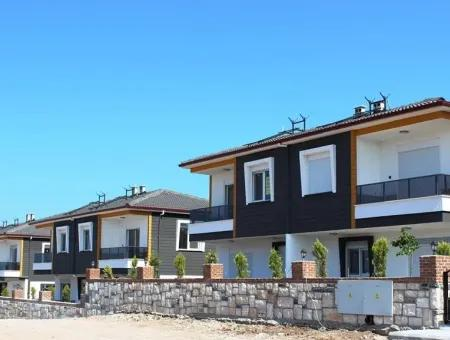 Stunning Sea View 4 Beds Villa For Sale In Didim