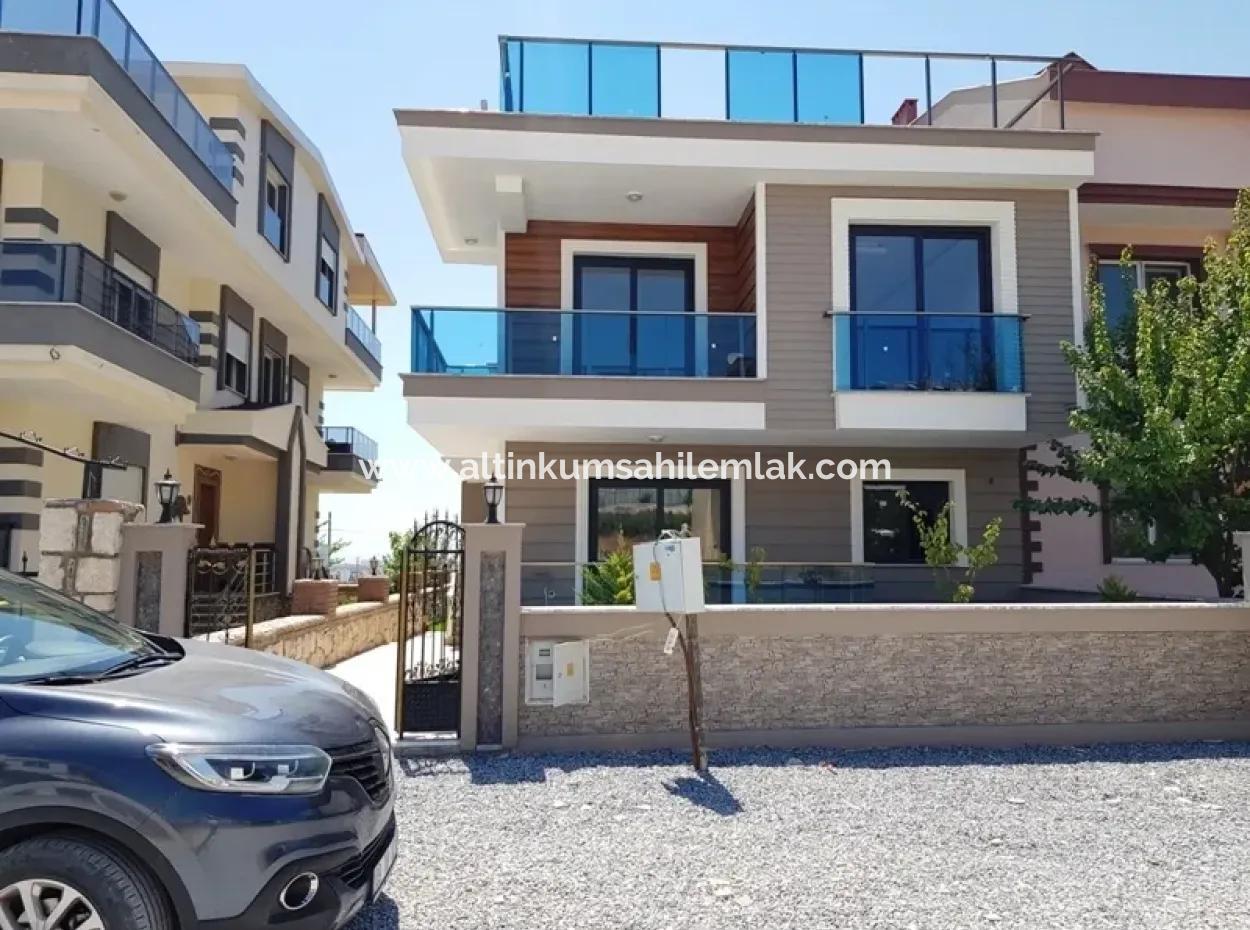 Didimde Satılık Villa, 3+1 Bahçeli Sıfır Villa