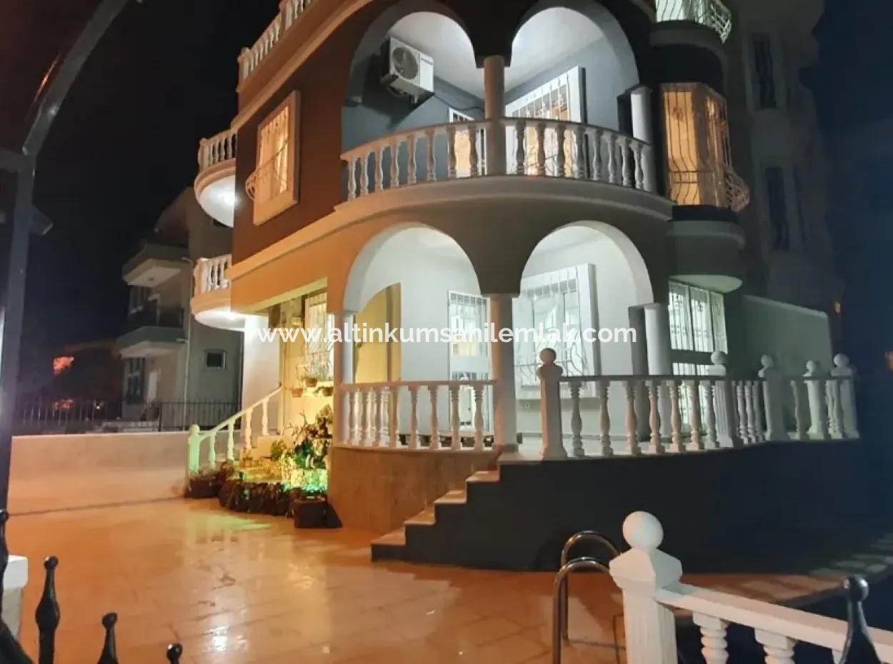 Didim Altınkumda Satılık Villa, Denize Yakın Lüks Havuzlu Villa