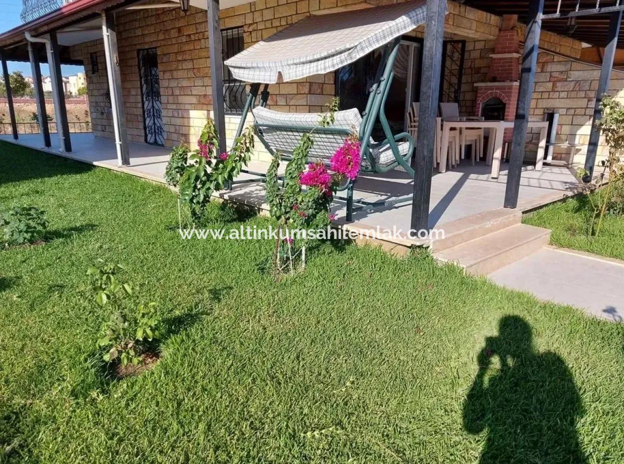 Didim Efeler Mahallesi Satılık Site İçerisinde Havuzlu Bahçeli Villa