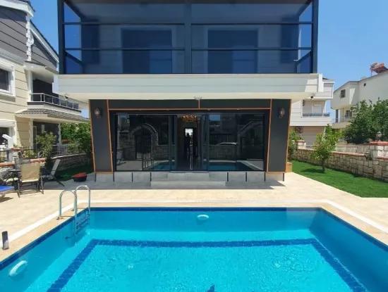 Didim Altınkum Yeşilkent'te Satılık 4+1  Müstakil Villa