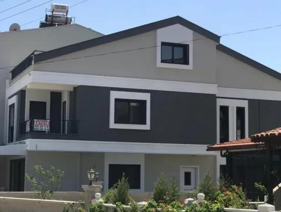 Altınkum Yeşilkentte Satılık Müstakil  4+1 Ayrı Mutfak Villa