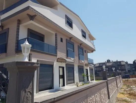 Efeler Mahallesinde Satılık 3+1 Lüks Villa
