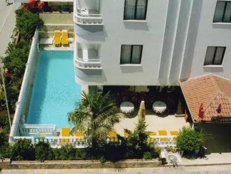 Altınkumda Satılık Otel, Altınkum Plajına Çok Yakın