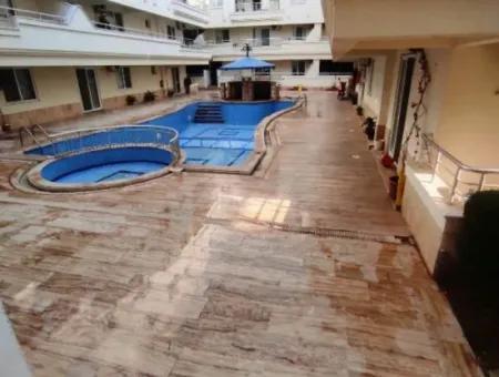 Didim Agean Club Sitesinde Satılık Havuzlu Eşyalı Geniş Daire