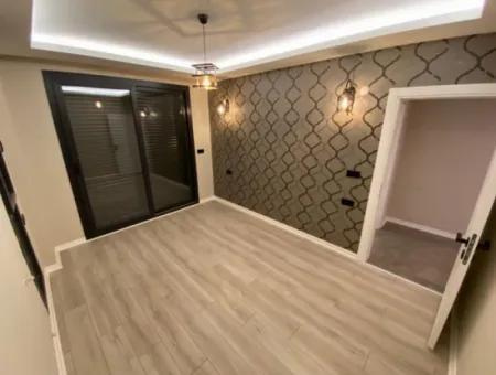 Didim Efeler Mahallesinde Satılık 5+1 Müstakil Havuzlu Villa