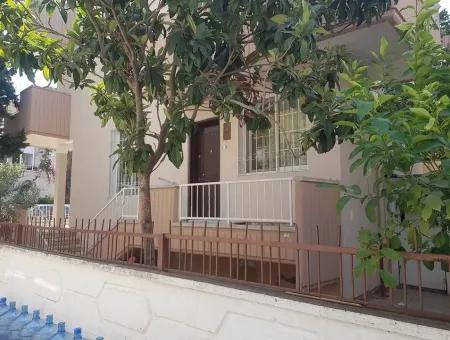 Altınkumda Satılık Villa, Altınkum Plajına 150 Metre Satılık Villa