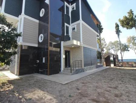 Didimde Satılık Denize Sıfır Ultra Lüks Müstakil Villa