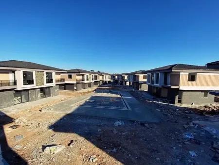 Sapphire Altınkumda Satılık 3+1 Ve 4+1 Villalar