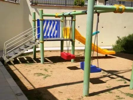 Didim Clover Court Sitesinde Satılık Daire, 2+1 Havuzlu Daire
