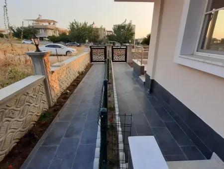Didim Mavişehir'de Satılık 3+1 Bahçeli Sıfır Villalar Denize Yakın