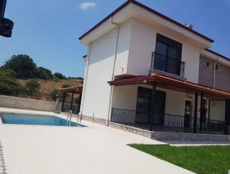 Didim Sağtur'da Satılık Lüks 4+1 Müstakil Villa