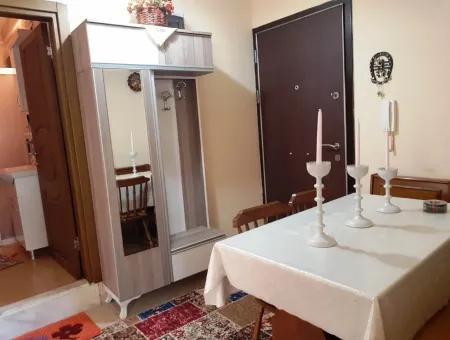 Didim Efeler Mahallesinde Acil Satılık 2+1 Ayrı Mutfak