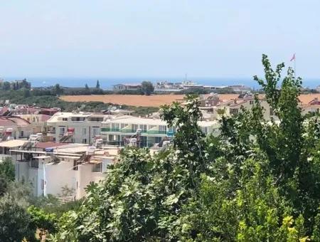 Altınkum'Da Satılık Daire, Havuzlu Sitede 2+1 Daire