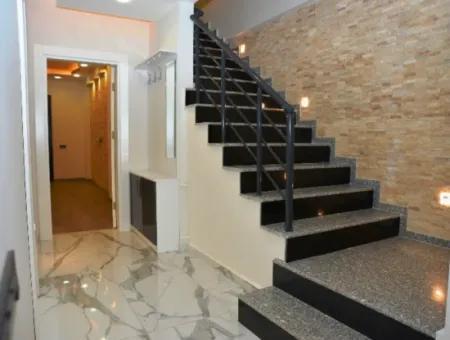 Didim Altınkum'da Satılık Plaja Yakın Müstakil Villa