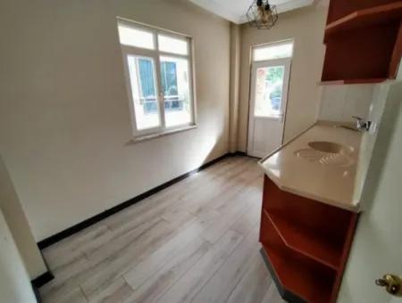 Didim Çamlık Mahallesinde Acil Satılık 3+1 Ayrı Mutfak Villa