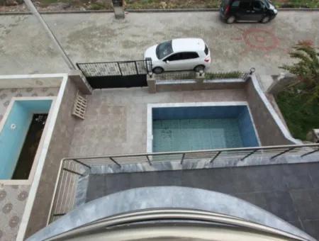 Didim Altınkum'da Acil Satılık 5+1 Havuzlu Müstakil Villa