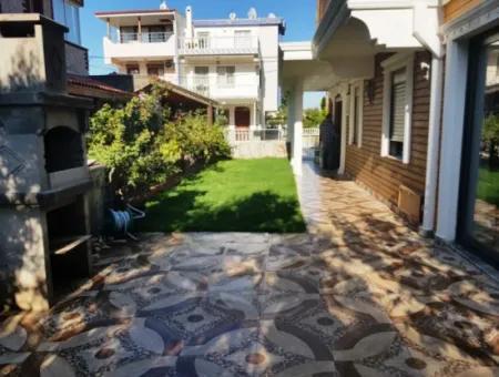 Didim Altınkum Çamlıkta Satılık Lüks Villa