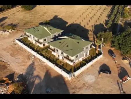 Didim Hisar Mahallesinde Satılık 3+1 4+1 Villalar